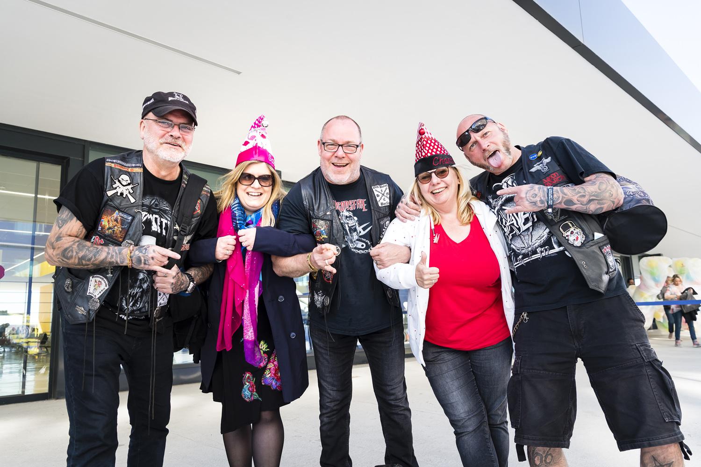 """Jecken treffen auf Heavy Metal Fans: """"Staffelübergabe"""" von der Full Metal Cruises an den Jeckliner"""
