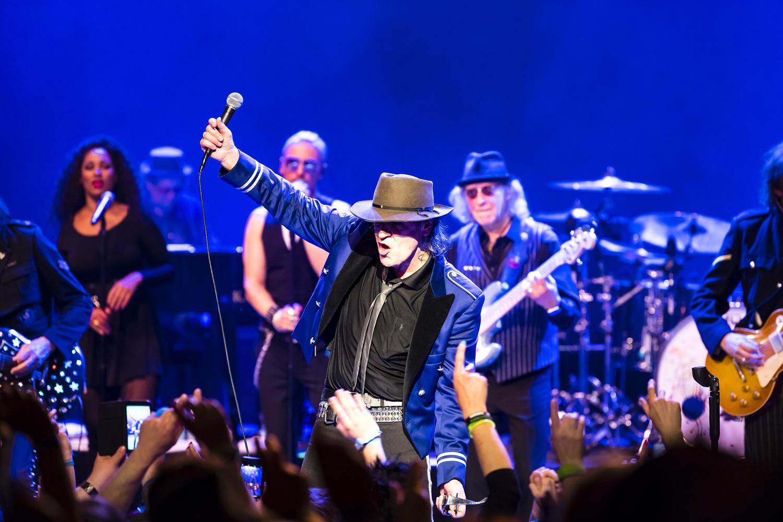 Rock`n Roll pur mit Udo Lindenberg auf dem Rockliner 6 von TUI Cruises