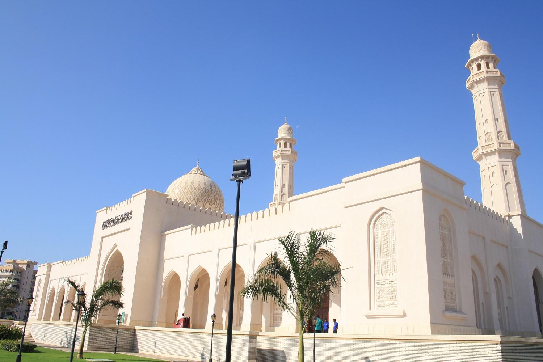 Mein Schiff Ausflugsziel: Die Sultan Qaboos Moschee - die zweitgrößte Moschee des Omans –