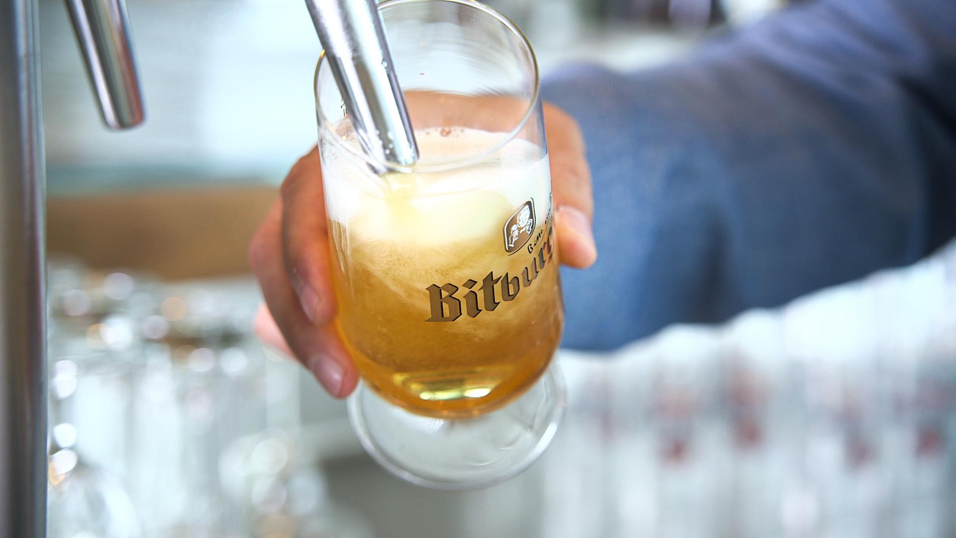 Bier an Bord der Mein Schiff Flotte – Der Weg von Bitburg auf die Weltmeere